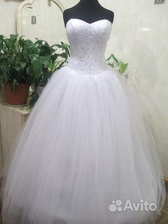 Объявление о продаже Платья свадебные, выпускные в Краснодарском крае на Avito.