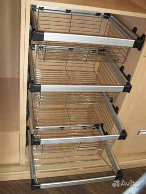 Выкатная корзина для шкафа, 600 мм.