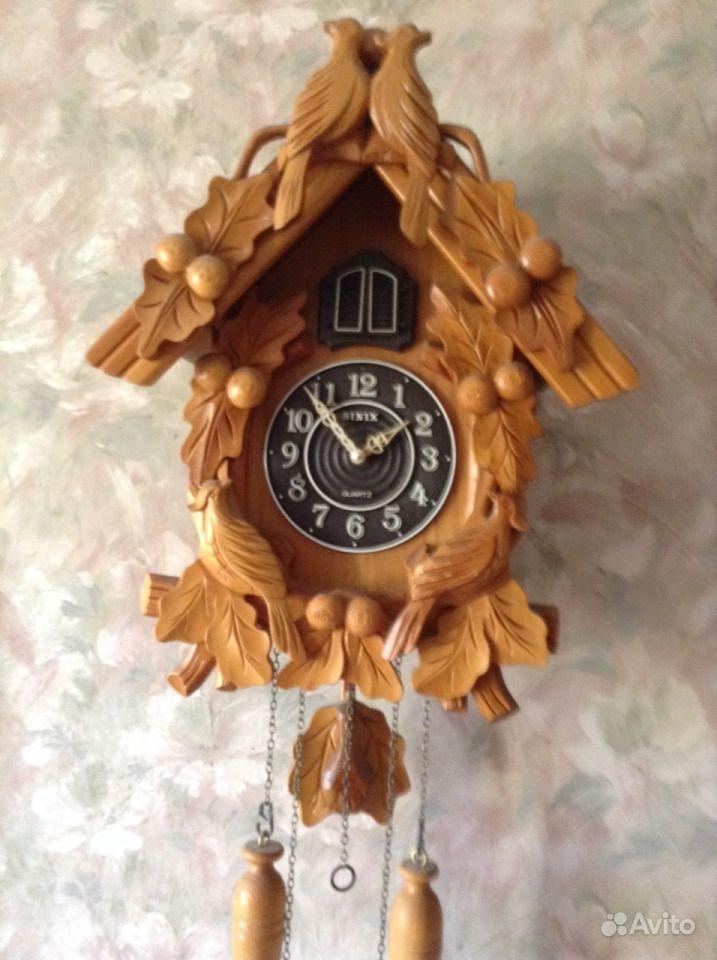 Необычные механические часы быстро завоевали популярность в регионе, где уже к середине xviii века действовало несколько часовых мастерских, изготавливающих часы с деревянным механизмом.