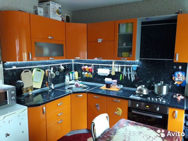 Продается трехкомнатная квартира за 2 700 000 рублей. Балаково, Саратовская область, проезд Энергетиков, 20.