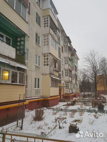 Продается двухкомнатная квартира за 2 100 000 рублей. Московская область город Воскресенск ул Ломоносова д 98.