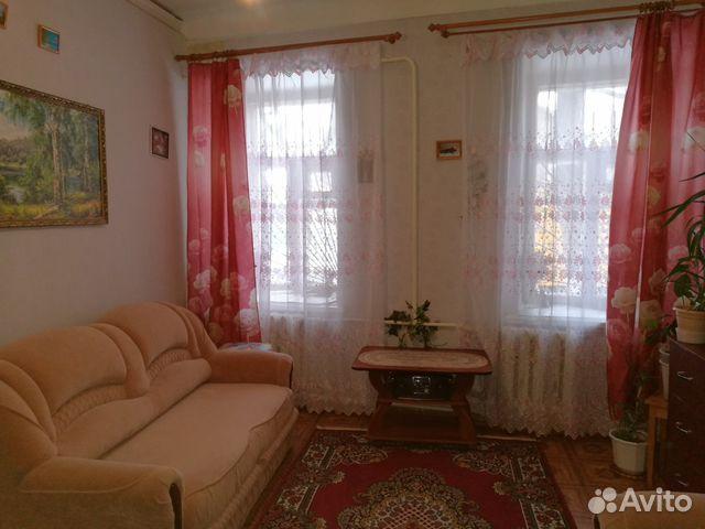 Продается четырехкомнатная квартира за 2 300 000 рублей. улица Алёши Пешкова, 18.