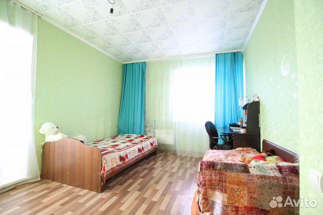 Продается двухкомнатная квартира за 2 700 000 рублей. Соколовская улица, 80.
