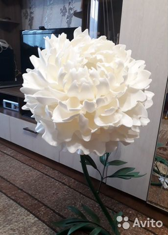 Giant life-size flowers 89507870945 buy 5