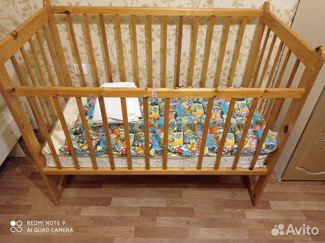Кроватка детская с матрасом + игровой коврик  89114908936 купить 3