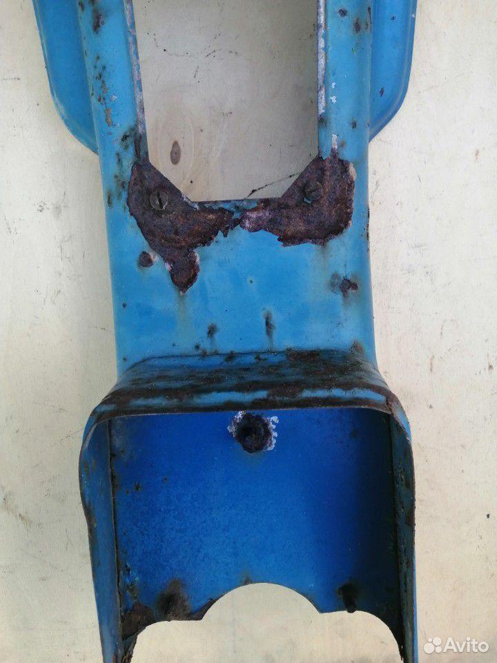 Часть облицовки мотороллера Муравей старого образц  89515008713 купить 2