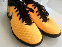 Бутсы футбольные Nike 39