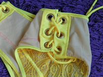 Новый яркий купальник бикини на шнуровке